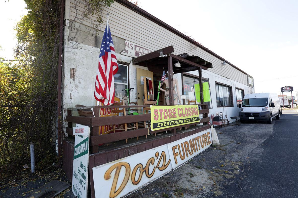 Doc 39 s furniture sells its pleasantville location family for D furniture galleries going out of business