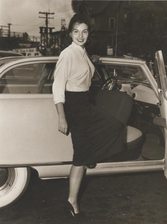Miss America 1951 001.jpg