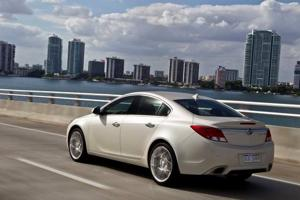 Buick Regal GS: Mild Mannered Sport Sedan