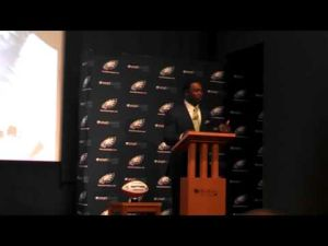 Brian Dawkins talks about Donovan McNabb.