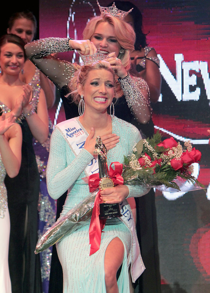 Miss New Jersey 2012 Crowned On Ocean City Music Pier