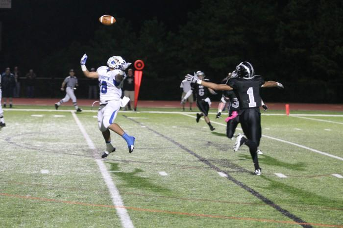 Egg Harbor Township vs Hammonton Football 90467.JPG