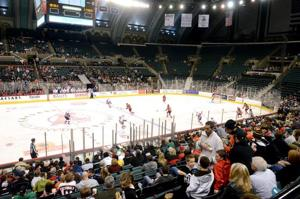 Boardwalk Hall serves hockey with no waiting