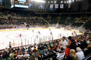 Boardwalk Hall serves hockey with no waiting