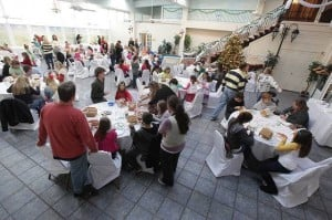 The Flanders to hold its annual Gingerbread House Competition