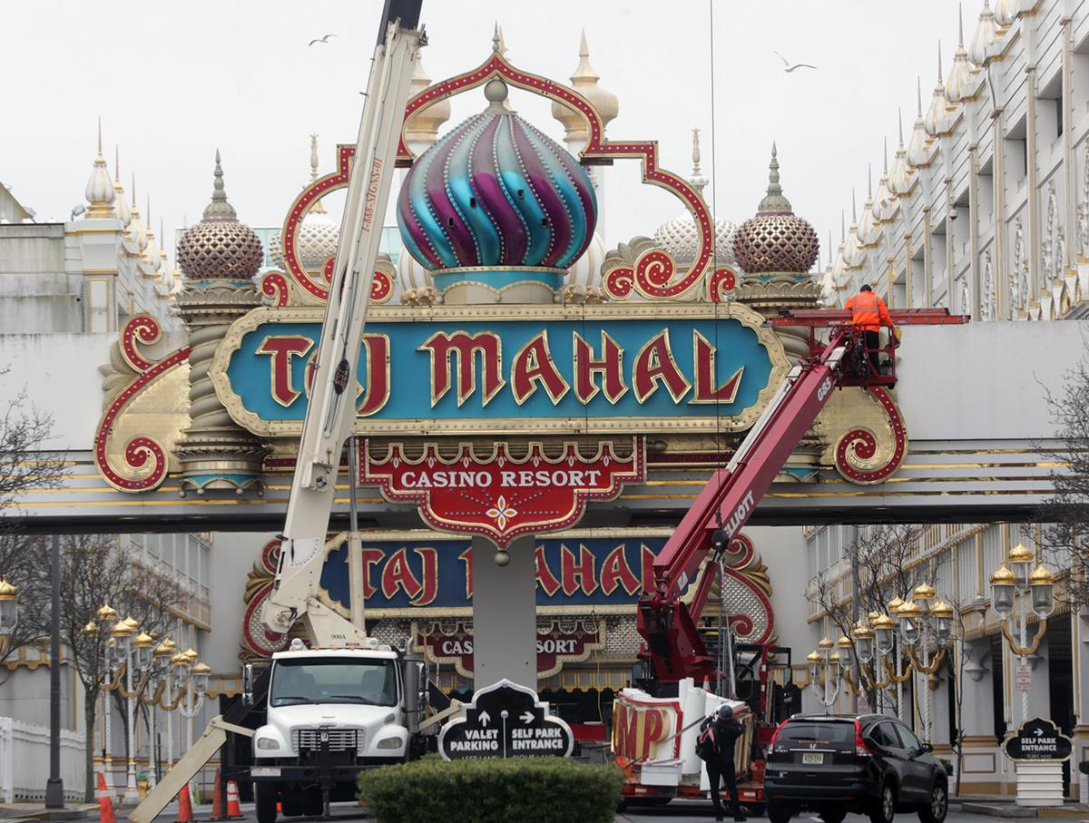 Taj mahal trump sign removed from ebay after ownership for Taj mahal online casino