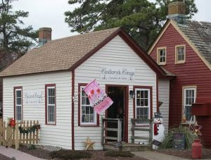 Candlewyck Cottage celebrates first anniversary in Smithville