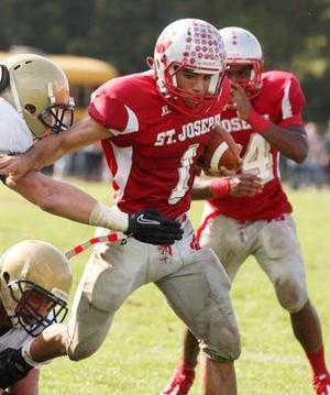 St. Joseph's diminutive QB plays big role in win
