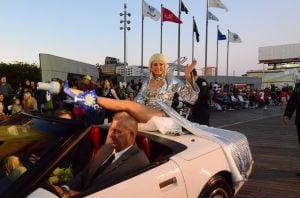 Miss America Parade: Miss South Carolina Brooke Mosteller - Vernon Ogrodnek