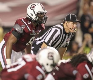 Kaiwan Lewis playing for South Carolina