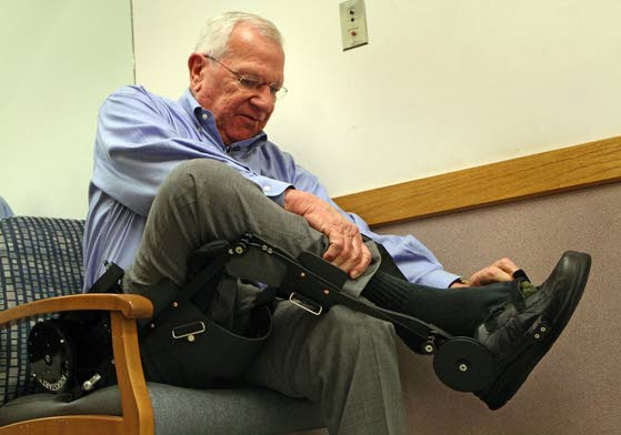 Walking device helps people get back in step
