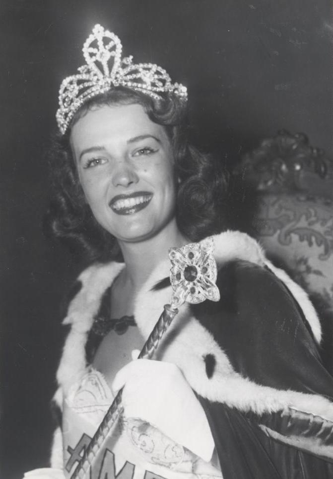 Miss America 1953 007.jpg