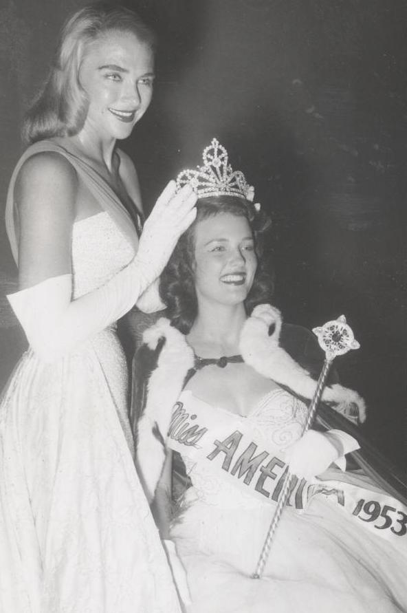 Miss America 1953 008.jpg