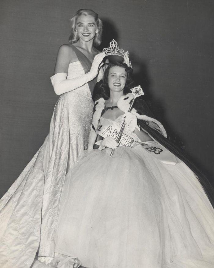 Miss America 1953 009.jpg