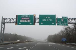 November toll traffic down from 2014 on Expressway