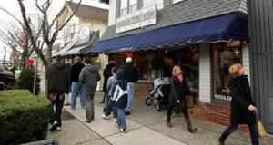 Merchants gear up for the holiday seasonShopping districts around the area planning events to lure customers