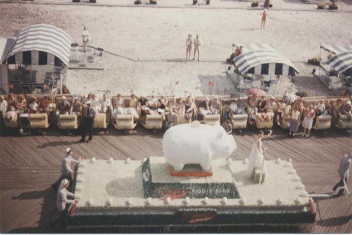 Miss America Parade mid-1950s 00.jpg
