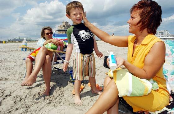 Protect your children against sunburn