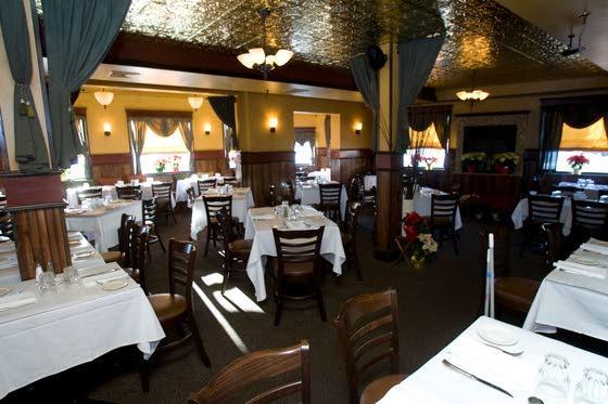 Sandi Pointe Coastal Bistro delivers a fantastic meal, atmosphere