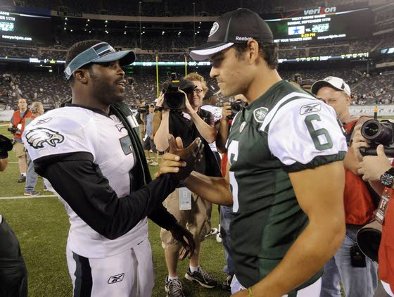 Eagles looking at ex-Jets QB Mark Sanchez