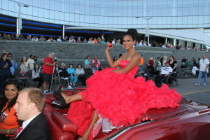 MISS AMERICA PARADE: Miss New York Nina Davuluri show off her shoe as she waves to during Miss America parade on Atlantic City Boardwalk Saturday, Sept 14, 2013. - Edward Lea