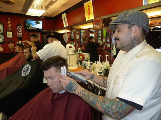 Las Vegas' rockabilly barber revives old-school pompadour