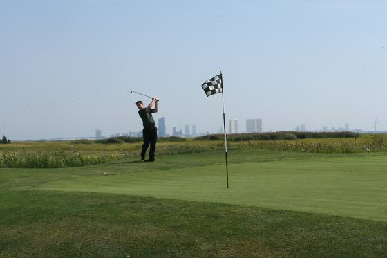 Seaview's Multiple Challenges: The Bay Course gets a lot of attention, but the Pines layout worth a try, too