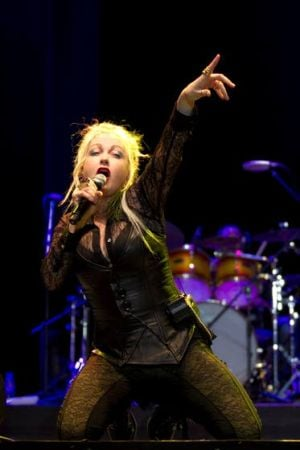 Lauper shows she's still 'So Unusual' at Taj