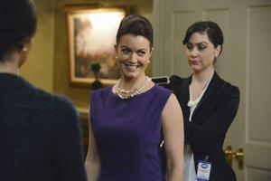 TV: Bellamy Young thrives in 'Scandal' love triangle