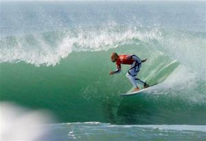 Kelly Slater captures 11th Association of Surfing Professionals world title