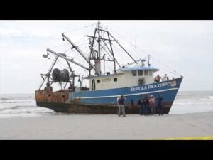 Fishing vessel runs aground in Atlantic City