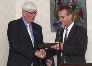 Ocean City chamber toasts Bill Elliott as 'hometown favorite' at annual roast