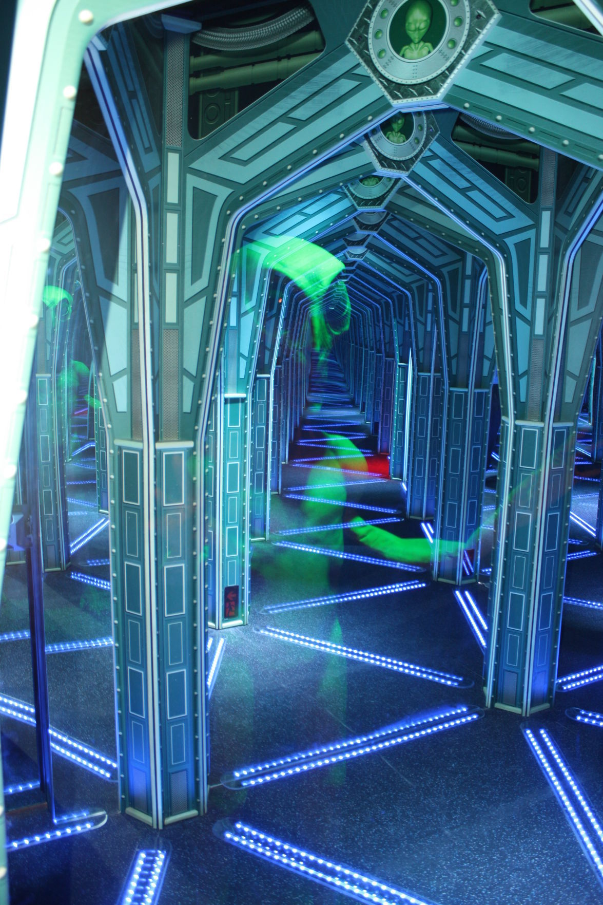 Encounters Mirror Maze