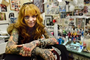 Southern new jersey tattoo parlors see the rise of ladies for Tattoo artist new jersey