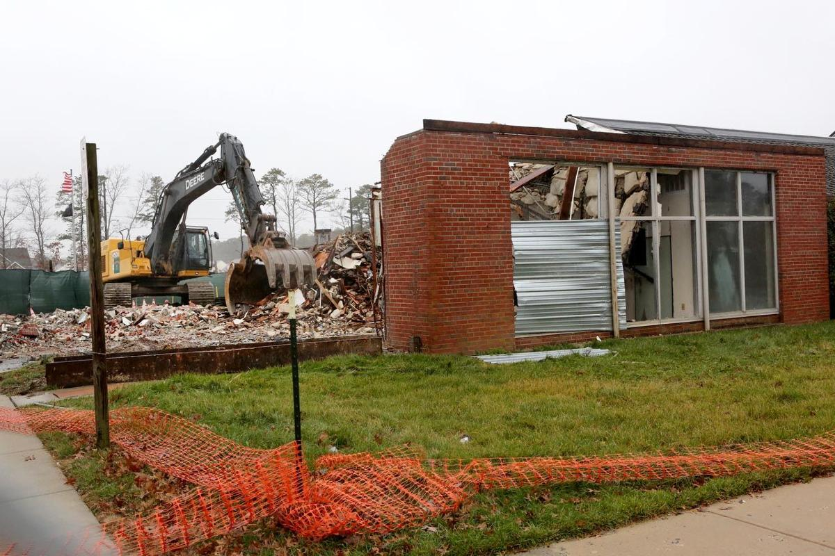Demolition Begins On Parkway Rest Stop Absecon Galloway