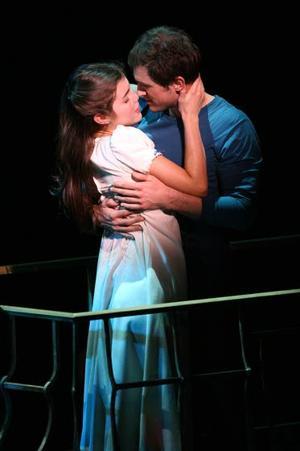 Broadway ticket listings