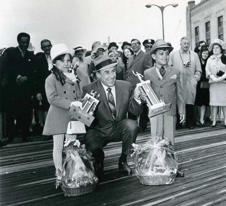 Easter Parade 1969g.jpg