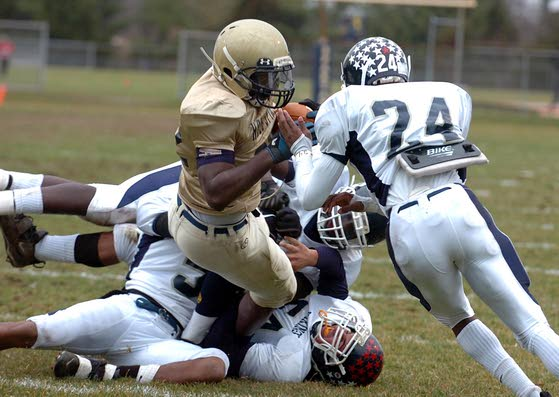 Steve Hartley's 3 interceptions lead Holy Spirit past Atlantic City