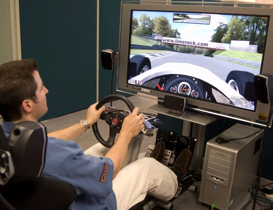 Online simulations put Ryan Truex, 18, on road to success