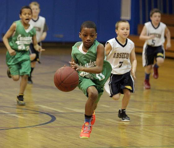 Smaller players, big skills and thrills at Marsh Madness basketball tourney