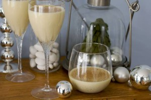 Light libations to set the holiday mood