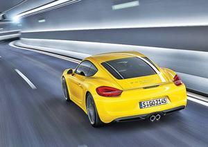 Porsche Cayman: Runs with Fast Crowd