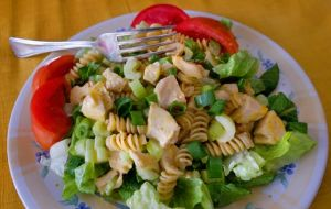 Easy Pasta Salad For A Cool, Quick Summer Meal: Caption