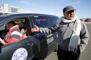 Uber has unfare advantage at Atlantic City International, taxi drivers say