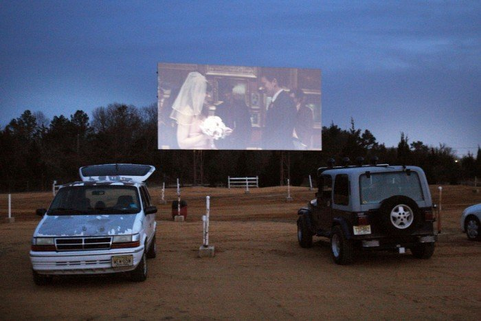 Vineland S Delsea Drive In Keeps Up Legacy As Last Outdoor