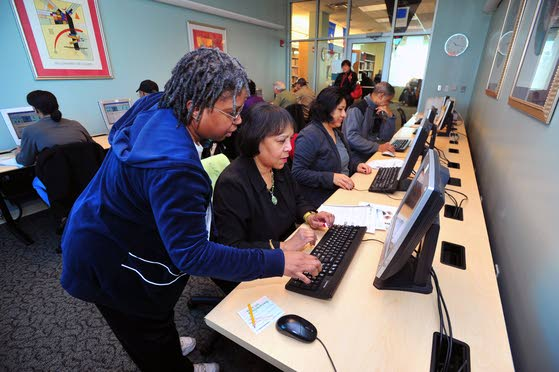 Libraries helping seniors develop computer skills