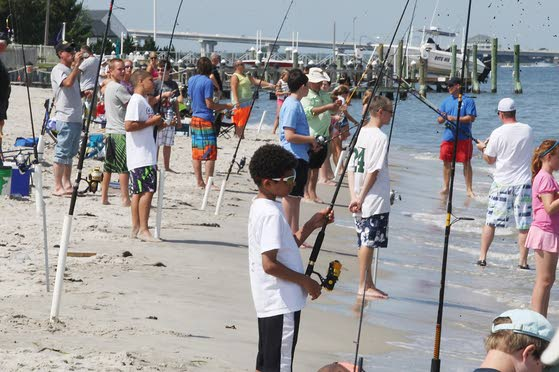 5 fishing piers and clubs to check out at the shore for Atlantic city fishing pier