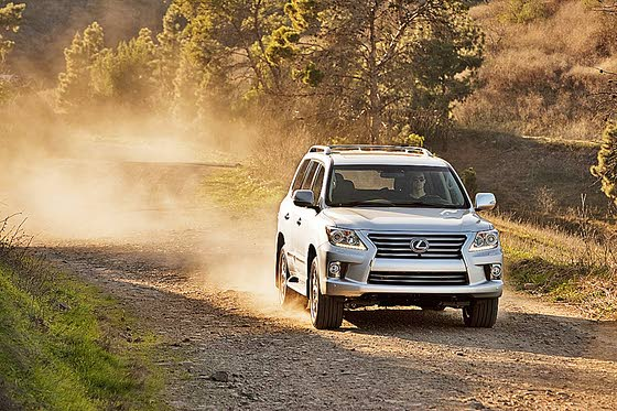 2013 Lexus LX 570: All-New Exterior