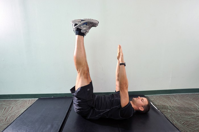 Your workout: V-Up Variation