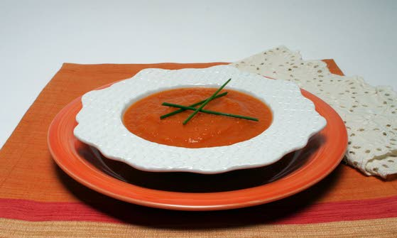 Oranges, carrots share more than color in tasty soup
